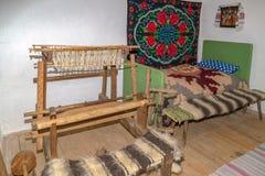 Специфические объекты от одного интерьера румынского сельского дома в Mara стоковое изображение rf