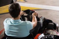 Спеша гонка Karting барьеров Kart и безопасности Стоковое Изображение