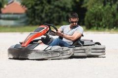Спеша гонка Karting барьеров Kart и безопасности Стоковое Изображение RF