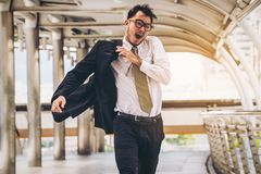 Спеша ход бизнесмена или участвовать в гонке с временем Стоковые Фото