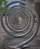 Спиральный шкаф велосипедов стоковое изображение rf