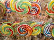 Спиральные леденцы на палочке Стоковые Фото