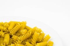 Спиральные сырцовые макаронные изделия макарон Стоковое Изображение RF