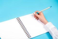 Спиральный блокнот с карандашем как модель-макет для дизайна Стоковое Изображение