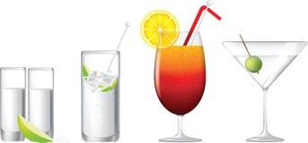 спиртной рядок коктеилов Стоковые Изображения RF