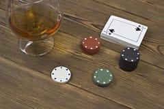 Спирт карточки обломоков покера стоковое изображение rf