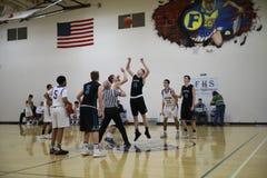 Спичка баскетбола средней школы Стоковая Фотография RF