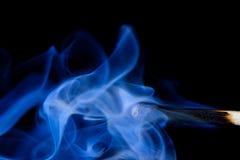 спичка smoldering Стоковые Изображения