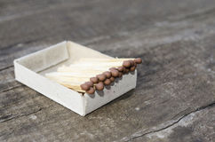 Спички, деревянные спички, упакованы в matchboxes Стоковые Фото