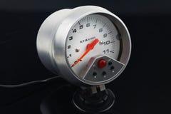 Спидометр в автомобиле для измерения скорость Стоковое Изображение RF