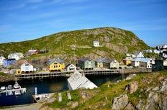 Спокойная деревня Nyksund в летнем времени внутри vesteraalen, северная Норвегия Стоковые Фотографии RF