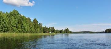 Спокойное озеро в Norrbotten стоковое фото rf