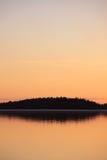 Спокойное scape озера на сумраке Стоковое Изображение RF