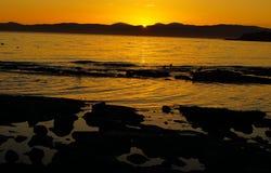 Спокойный заход солнца, сумрак, выравниваясь проливом Хуана de Fuka Стоковые Фотографии RF