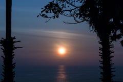 спокойный заход солнца Стоковые Фото