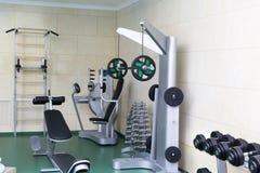 Спортзал фитнес-клуба стоковая фотография