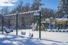 Спортивная площадка зимы, холмы дзота стоковое изображение