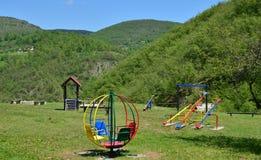 Спортивная площадка детей в горе Стоковые Изображения RF