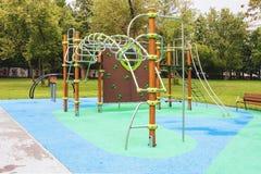 Спортивная площадка для образования ` s забавных игр и детей Стоковые Изображения