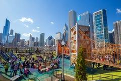 Спортивная площадка Downtown's самая новая: Парк Maggie Daley Стоковое фото RF