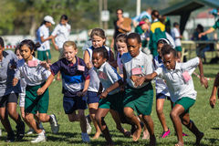Спорт вездеходной гонки девушек детей Стоковые Фото
