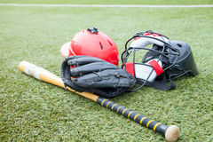 Спорт оборудования на поле травы Стоковое Фото