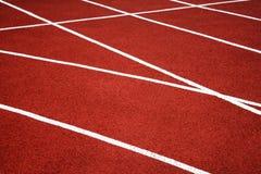 Спорт разделяя диапазоны для конкуренций на старом третбане битума стоковое фото