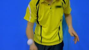 Способность сыграть настольный теннис видеоматериал