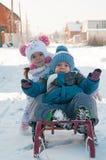 Сползать 2 детей Стоковая Фотография