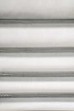 Справочная информация Текстура горизонтальных прямых металла прямых с дефектами Вертикальная рамка Стоковое Изображение