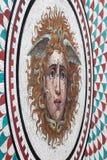 Справьтесь Медуза Gorgon мозаики в обители, Санкт-Петербурге, России Стоковые Фото