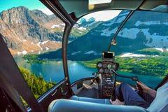 Спрятанный вертолет ледника озера стоковое фото