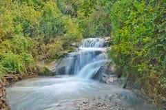 Спрятанный водопад Стоковая Фотография