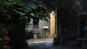 Спрятанный проход в Groznjan стоковые фотографии rf