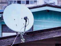 спутник крыши тарелки Стоковые Изображения RF