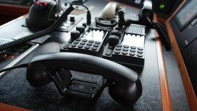 Спутник черного телефона внутренний и внешний радиосвязь shipboard и акции видеоматериалы
