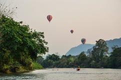 Сплавляться с взглядом воздушного шара стоковые фото