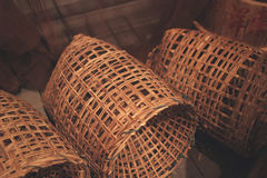 Сплетенная деревянная бамбуковая предпосылка текстуры стены Стоковые Изображения