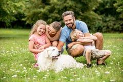 Сработанность и везение в концепции семьи Стоковое Изображение