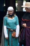 средневековая женщина стоковые изображения