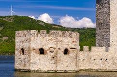 Средневековая крепость в Golubac, Сербии Стоковое Фото