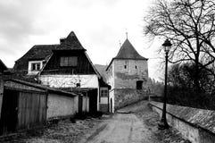 средневековая улица стоковое изображение rf