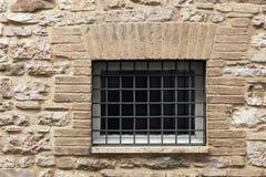 Средневековое окно стены Стоковое фото RF