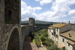 средневековое село стоковые изображения rf