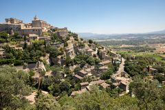 Средневековый городок вершины холма Gordes Провансаль стоковое изображение