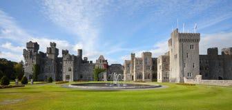 Средневековый замок, Ирландия стоковые фотографии rf