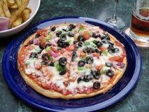 среднеземноморская пицца Стоковая Фотография