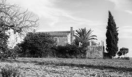 Среднеземноморское свойство на Мальорка, черно-белой стоковые фото