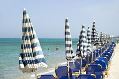 Среднеземноморской пляж стоковые изображения