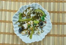 Среднеземноморской салат с копченой треской, Стоковое Изображение